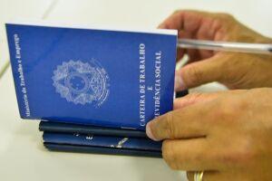 Em março, mais três empresas, duas em São Paulo e uma no Paraná, aderiram ao Programa Seguro-Emprego (PSE)