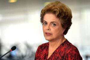 """Dilma Rousseff disse que é """"muito possível"""" que o Brasil eleja um """"outsider"""" equivalente ao presidente Donald Trump"""