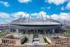 O Zenit, clube de futebol russo, anunciou que não permitirá a entrada de mochilas em seu estádio a partir do próximo sábado