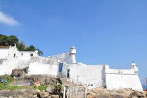 90 oportunidades são para o Museu da Fortaleza da Barra, em Santa Cruz dos Navegantes;