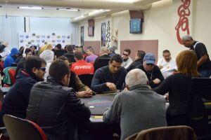 O Circuito Baixada Santista de Poker atrai jogadores profissionais e amadores da modalidade Texas Hold'em