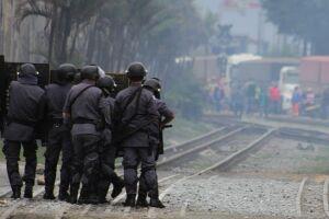 Tropa de choque da Polícia Militar foi utilizada para tentar dispersar os manifestantes