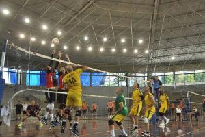 A 15ª edição do Campeonato Brasileiro Master Santos de Vôlei começa nesta quinta-feira (20)