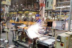 O nível de emprego da indústria de transformação paulista cresceu 0,45% em março, com a criação de 9,5 mil postos de trabalho