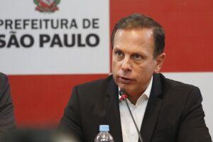 No primeiro mês de João Doria, as multas de trânsito cairam 17% em São Paulo