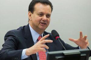A Comissão de Ética investigará a conduta dos ministros Eliseu Padilha, Moreira Franco e Gilberto Kassab