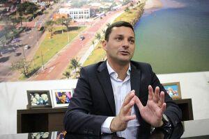 Cumprindo o segundo mandato em Itanhaém, Marco Aurélio destaca que a ênfase da nova gestão é economizar em diferentes setores da Prefeitura