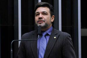 """O pastor Marco Feliciano (PSC-SP) afirma que, agora, """"os pais poderão descansar, pois o Estado não vai interferir na educação de seus filhos"""""""