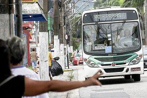 A Justiça determinou o funcionamento de 70% da frota de ônibus nesta sexta-feira