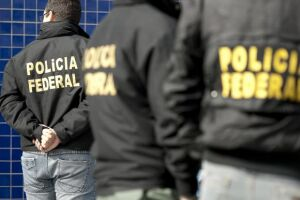 A Polícia Federal investiga se integrantes da organização realizavam operações de câmbio não-autorizadas