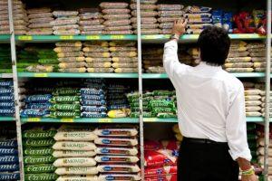 Vendas do setor supermercadista em valores reais caíram 1,4% de janeiro a março deste ano