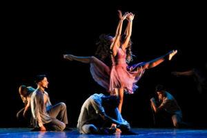Bailarinos e equipe técnica seguem com o sonho do primeiro lugar e a sagração de muitos anos de trabalho