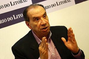 "Aloysio Nunes disse que levará a Washington a mensagem de que o presidente Michel Temer ""vai ficar"" no poder"