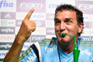 Cuca tem três vitórias e duas derrotas nos cinco primeiros jogos pelo Palmeiras