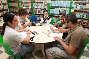 Oficina de desenho acontece na Gibiteca Municipal de Santos