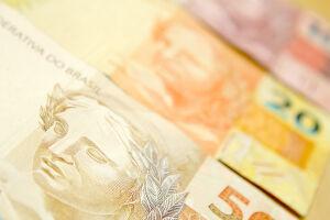 Dívida pública sobe 0,32% em abril e fica em R$ 3,23 trilhões