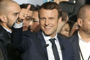 Emmanuel Macron está se reunindo com sindicatos e organizações trabalhistas para discutir reformas no mercado de trabalho francês