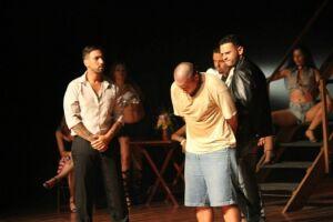 'Querô - Uma Reportagem Maldita' será apresentado hoje, às 20 horas, no Teatro do Kaos, em Cubatão