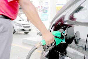 É a terceira vez no ano que gasolina e diesel têm o preço reduzido