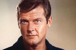 Roger Moore interpretou James Bond no cinema de 1973 a 1985