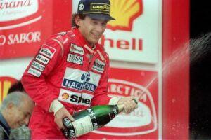 Pilotos e escuderias homenageiam Senna no 23º ano de sua morte
