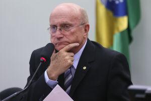 Ele deve voltar para a Câmara, onde tem mandato de deputado federal pelo PMDB do Paraná