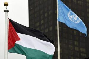 Bandeira palestina hasteada na sede da ONU simboliza o ideal do estabelecimento de um Estado palestino independente