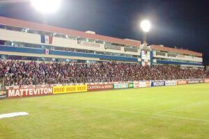 Atlético-PR e Santos se enfrentarão na Vila Capanema, estádio do Paraná Clube