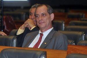 Ciro Gomes afirmou que é improvável que o presidente Michel Temer caia