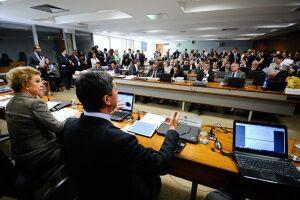 A Comissão de Assuntos Sociais do Senado rejeitou na terça o texto aprovado na Câmara dos Deputados