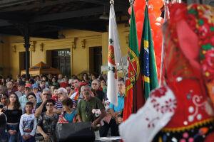 O evento está em sua oitava edição e já se consolidou como a maior festa da comunidade portuguesa na região