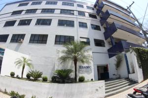 Esamc Santos está com inscrições abertas para 30 opções de cursos de graduação
