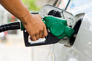 A equipe econômica do presidente Michel Temer estuda um aumento de tributos cobrados na venda de combustíveis