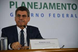Romero Jucá (PMDB-RR) reagiu à movimentação de desembarque dos tucanos da base do presidente Michel Temer