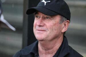 O treinador de 64 anos estava sem clube desde novembro do ano passado, quando foi demitido do Fluminense após campanha irregular no Brasileirão