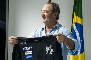 O treinador mostrou grande expectativa para o restante do ano e será apresentado na próxima segunda-feira. A estreia acontecerá contra o Palmeiras, no próximo dia 14
