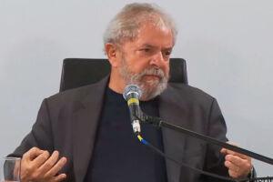 Edson Fachin negou o pedido da defesa de Lula para suspender a ação sobre tríplex no Guarujá