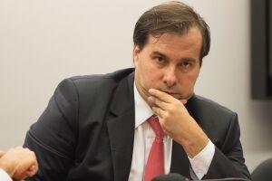 Rodrigo Maia prevê rapidez na apreciação da denúncia contra Michel Temer