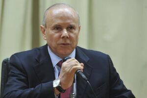 A defesa de Antonio Palocci relacionou Guido Mantega ao pagamento a João Santana e Monica Moura