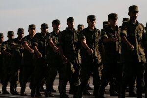 General Eduardo Dias da Costa Villas Bôas disse que o uso de militares na segurança é 'perigoso'
