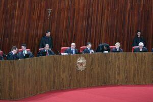Foram 4 votos a 3 contra a cassação no processo aberto a pedido do PSDB