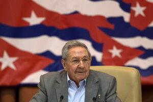 Raul Castro criticou a 'pressão dos EUA' por mudanças no sistema da ilha