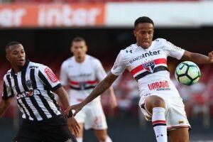 O São Paulo acabou derrotado pelo Atlético-MG por 2 a 1