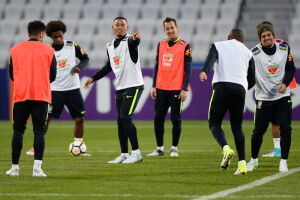 A seleção brasileira voltou a treinar nesta quarta-feira (7) no Lakeside Stadium, em Melbourne (Austrália)
