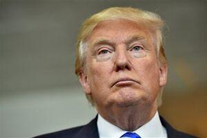 O Escritório de Ética Governamental divulgou um relatório que detalha os negócio de Donald Trump