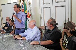 Santos é a terceira cidade da Baixada Santista a possuir o documento; composto por 21 metas e 260 ações para o setor, objetivo é fortalecer a política cultural no município