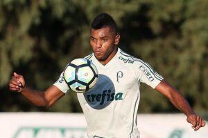 Borja vira solução para decisão em pior momento no Palmeiras