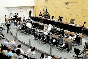 A Câmara de Guarujá aprovou o Programa de Recuperação Fiscal (Refis) em âmbito local