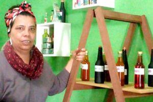 Miriam Vieira conta que o dinheiro que consegue com a venda dos produtos da  'Angel Lux' não se compara com o cachê de uma produção artística
