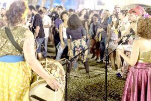 Shows do 'Sábado no Porto' acontecem na rua, sem a cobrança de couvert artístico, no modo  'Pague quanto vale'